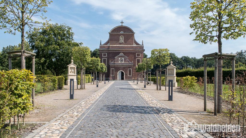 Die wirklich sehenswerte Barockkirche von Zwillbrock im Münsterland