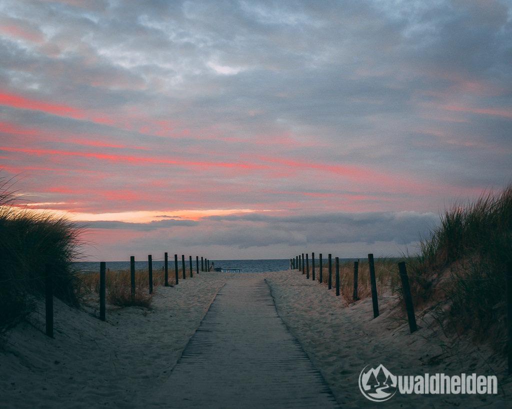 Warnemuende Wandern Wellness Sonnenuntergang am Strand