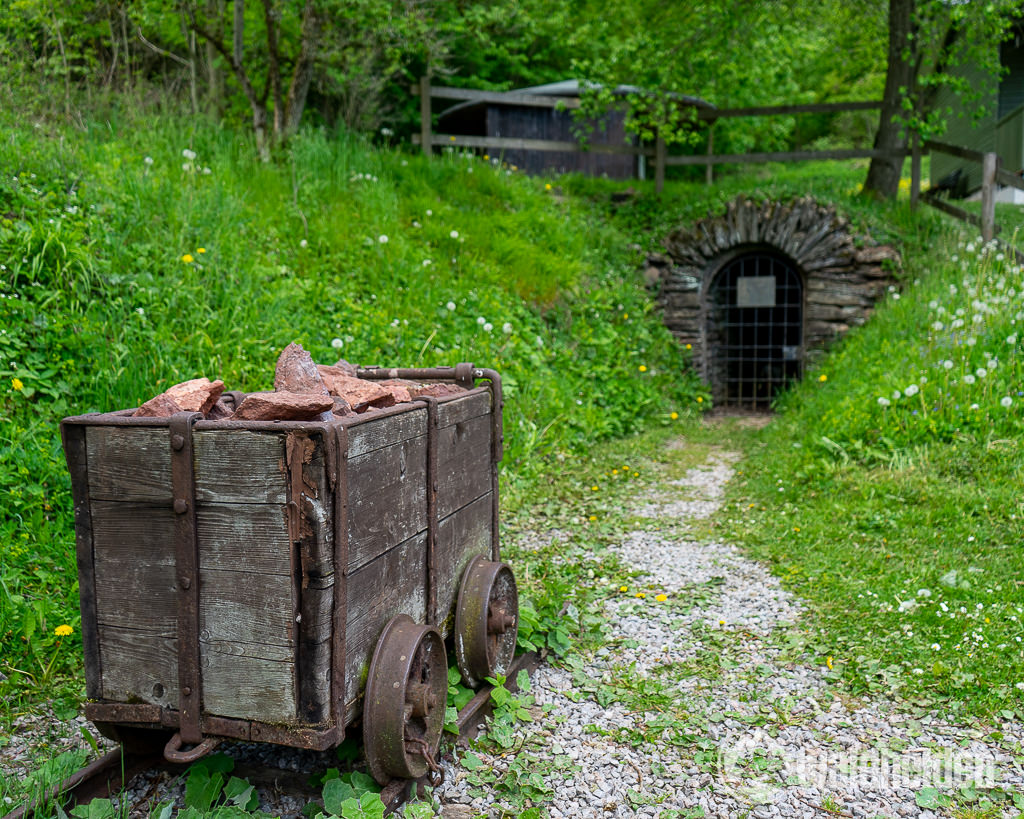 Sauerland Seelenorte Zugang Philippstollen