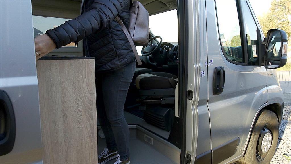Kastenwagen oder Wohnmobil Schiebetüre
